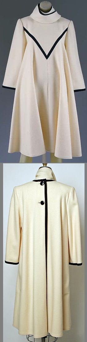 Back Buttoned Coat Dress, 1982. Yeohlee Teng. https://metmuseum.org/art/collection/search/86793?rpp=90&pg=13&ao=on&ft=coat&deptids=8&pos=1092