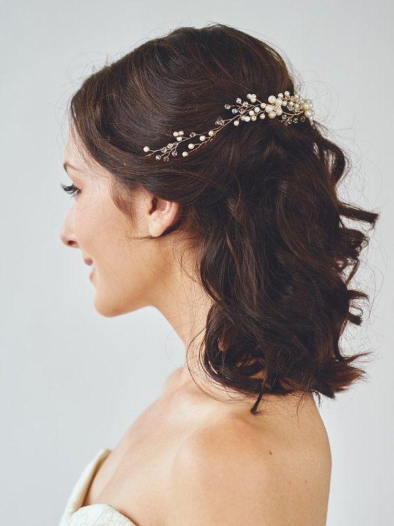Best 25+ Wreath bridal hair ideas on Pinterest | Wedding ...