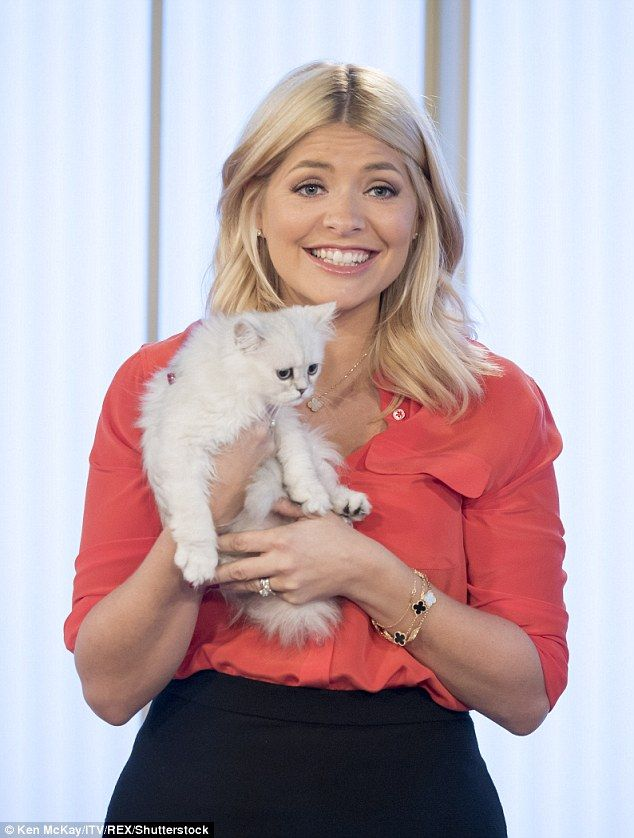 Definitely not a PAW show! Holly Willoughby upped her cute-factor when she appeared on the...