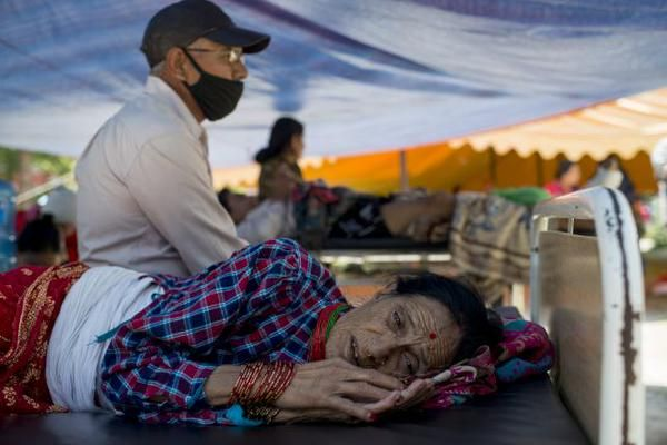 Terremoto Oggi Nepal VIDEO: nuova forte scossa M7,3 provoca ulteriori vittime anche in India
