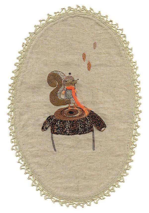 Diana squirrel on Bosque puff by Miga de Pan
