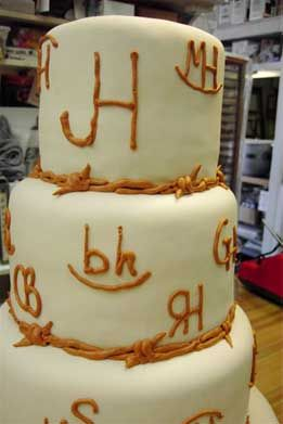 THis would be a great Anniversary or Wedding Cake   Western Wedding Cake