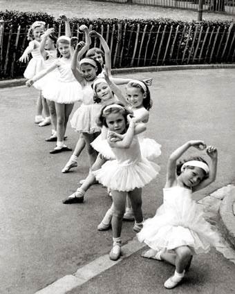 Little dancers: Ballet Girls, Little Girls, Little Ballerinas, Thug Life, Inspiration Pictures, Dance Fashion, Tiny Dancers, Baby Ballet, Kid