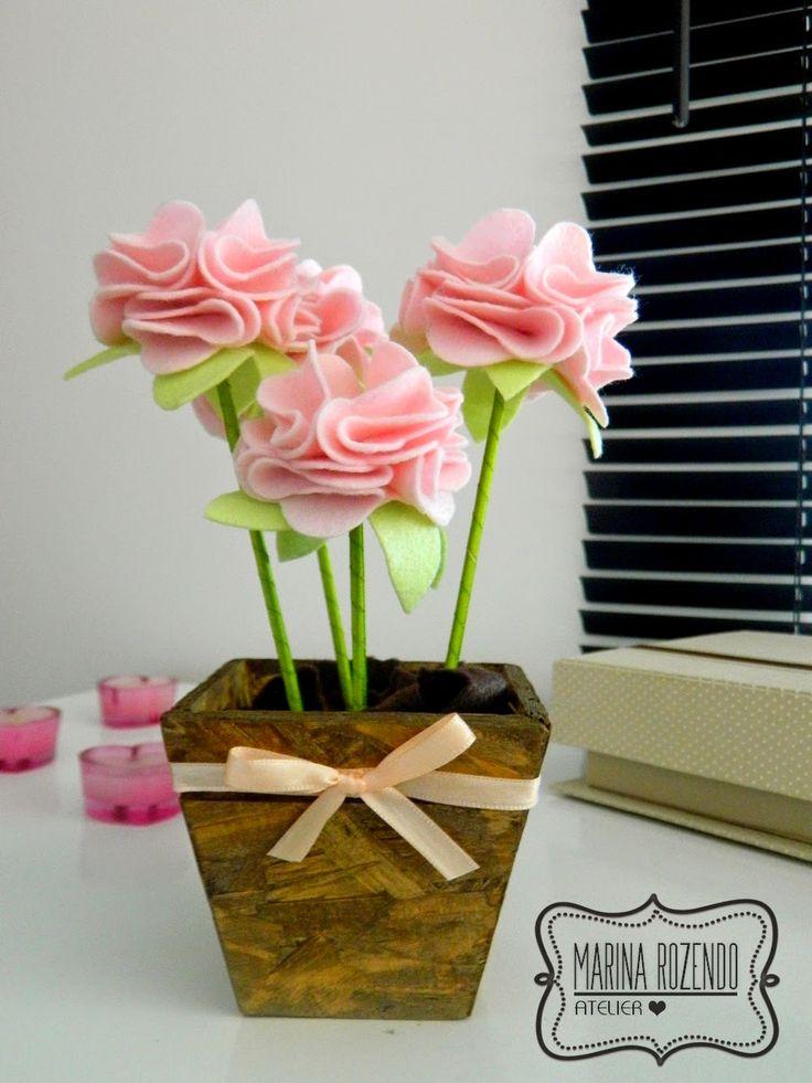 Marina Rozendo Atelier: Passo a Passo Flor de Feltro