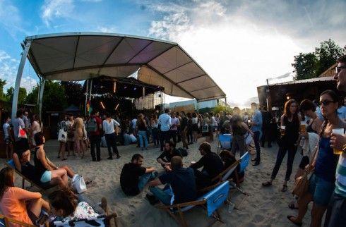 La Plage 7-15 Avenue de la Porte de la Villette Paris 75019. En savoir plus sur http://www.sortiraparis.com/scenes/concert-musique/articles/52756-laplage-de-glazart-2016-concerts-gratuits-clubbing-en-open-air-et-dj-sets#BlWFroSSIopahEiP.99