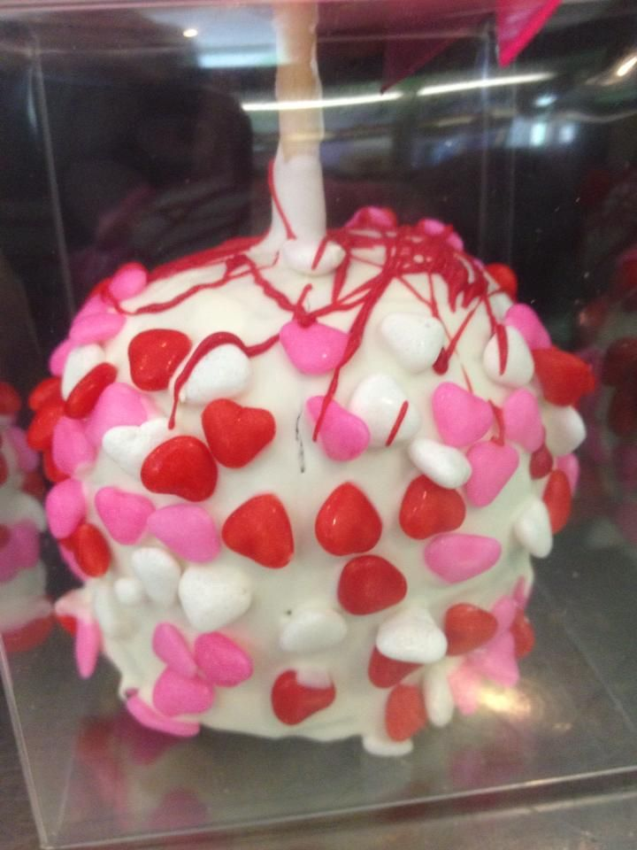 11 best Valentine\'s Day Chocolates images on Pinterest | Chocolate ...