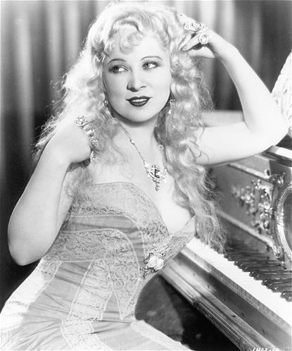 Mae West (© Moviepix)