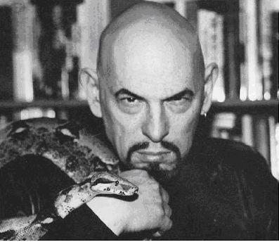 Szatan i magia człowieka :: Literatura, historia, kultura, religia, opinie. Marcin Łupkowski pisarz o aniołach, Biblii i człowieku