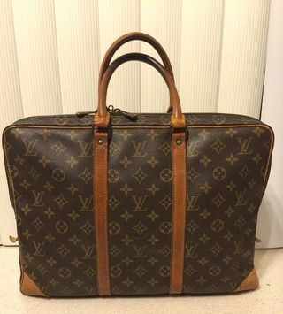 Louis Vuitton Lv Briefcase Laptop Bag. Carry your laptop in style! The Louis Vuitton Lv Briefcase Laptop Bag is a top 10 member favorite on Tradesy. Save on yours before they're sold out!