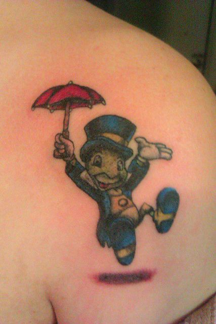 Jiminy Cricket TattooTattoo Ideas, Cartoons Tattoo, Tattoo Arenal T, Piercings Tattoos Mod, Disney Tattoo, Future Tattoo, Tattoos 3, Tattoo Awesome, Jiminy Cricket Tattoos