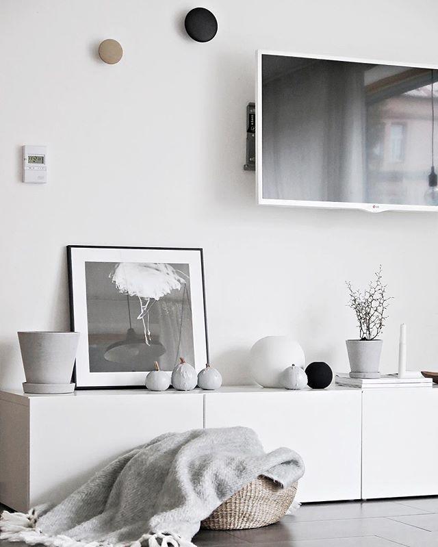 Best 25 Minimal living rooms ideas on Pinterest Grey living