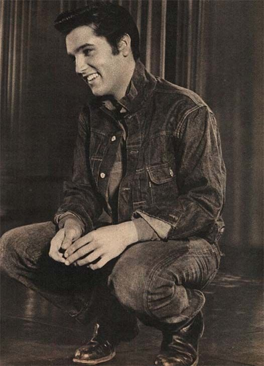 Yeah... I totally would have been one of Elvis Presley's swooning fans if I had been alive then.