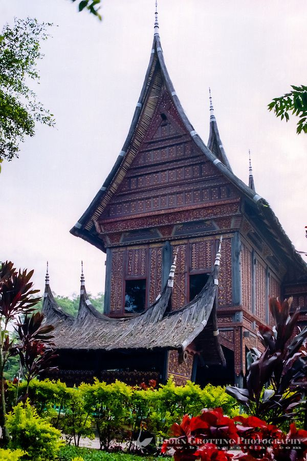West Sumatra, Bukittinggi. Rumah gadang (Minangkabau: big house with horn-like roof)., © Bjorn Grotting