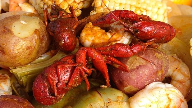 How to Throw a Crawfish Boil. This is actually pretty accurate. They don't mention dumping ice into the boilers at the end, makes the bugs suck up all the juice.
