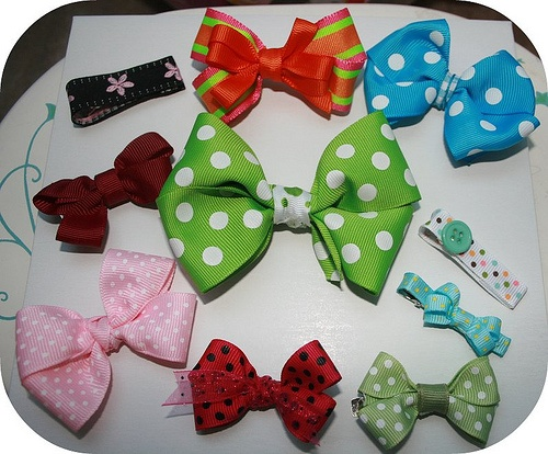 homemade hair bows and barrettes by ewingshelton, via Flickr