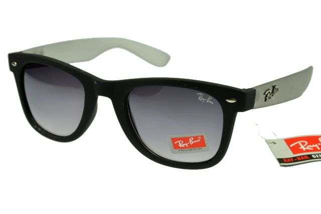Ray-Ban Wayfarer 1878 Black White Frame Gray Lens! Second new purchase :) very pleased with myself :)