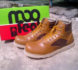 Moofeat Boot size 40-44