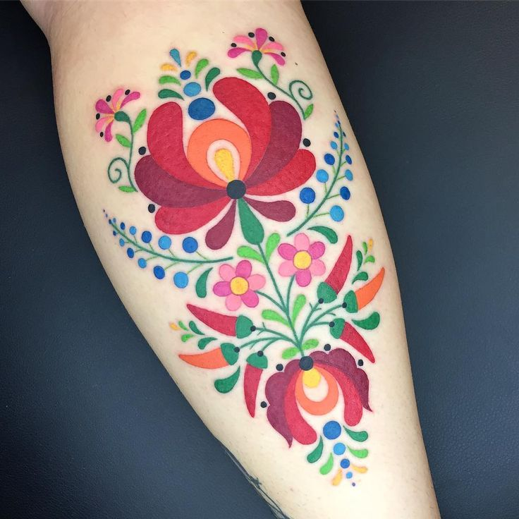I had a blast working on this Hungarian folk art inspired piece today! Thank you so much Ellie