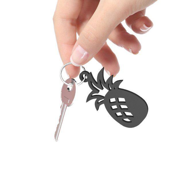 Black Pineapple Keychain (keychain)