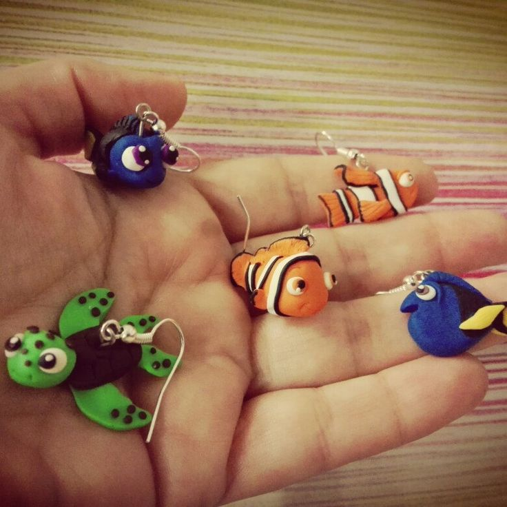 Earrings Finding Nemo polymer clay Dory baby, marlin and Turtle Buscando a Nemo hechos de fimo en pendientes