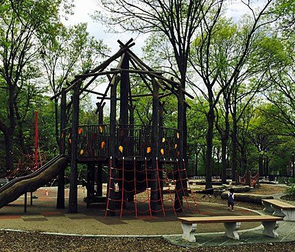 Fort Washington Park Playground: Sprinklers, a Rope Pyramid