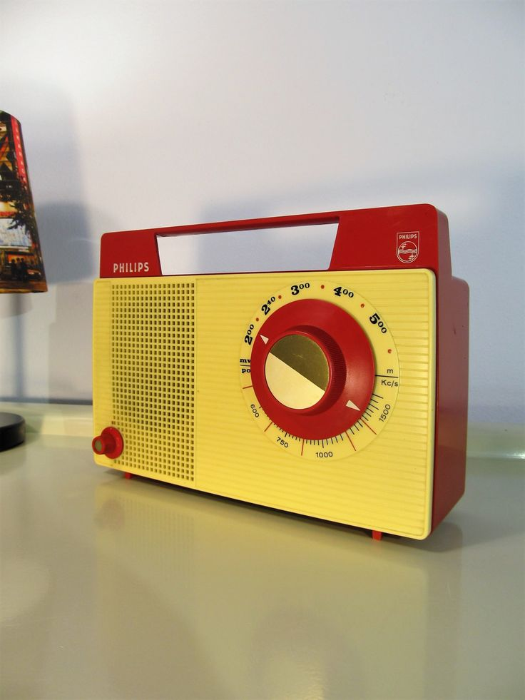 Vintage Radio Portable Radio Retro Transistor Radio Philips ''Tropicalized'', Red and Cream color, Made in Holland, 1970 by LaLanterne on Etsy