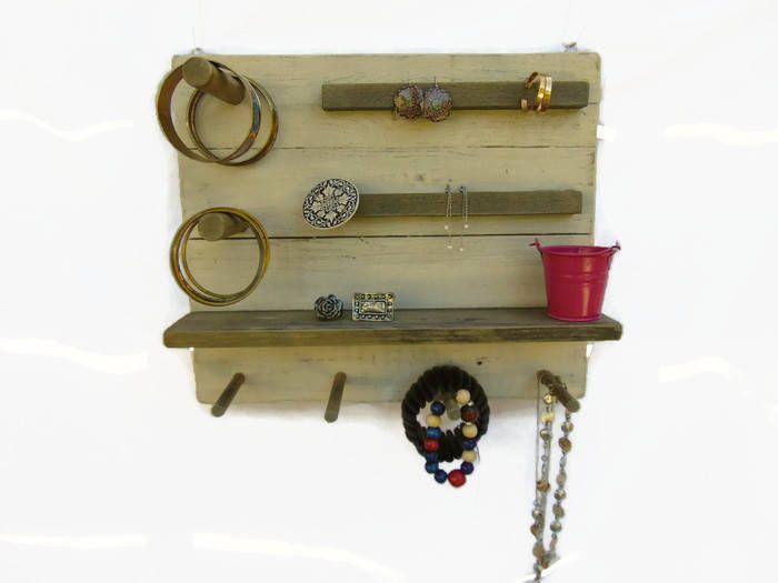 17 meilleures id es propos de rangement de bijoux sur pinterest porte collier stockage de. Black Bedroom Furniture Sets. Home Design Ideas