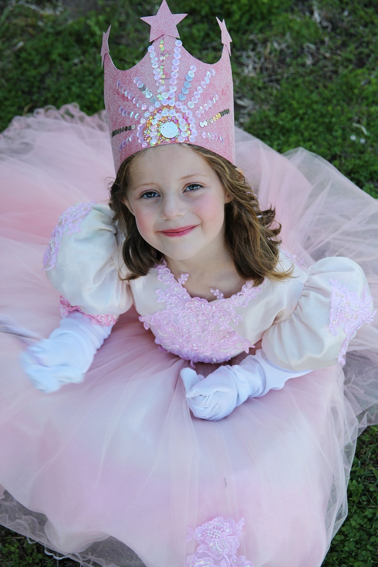 23 best Wizard of Oz Costume Ideas images on Pinterest | Costume ...