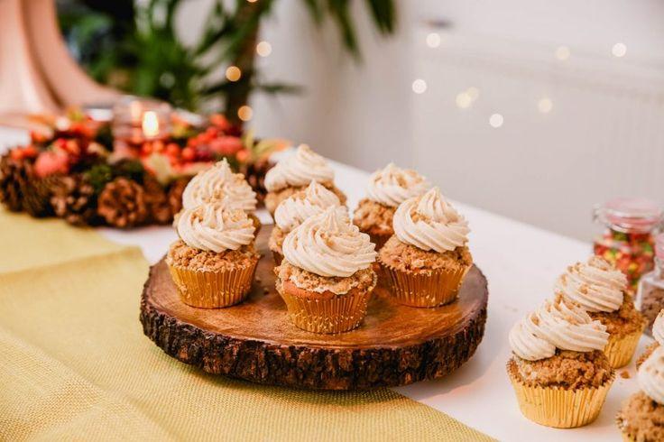 Zoella   Apple Crumble Cupcakes
