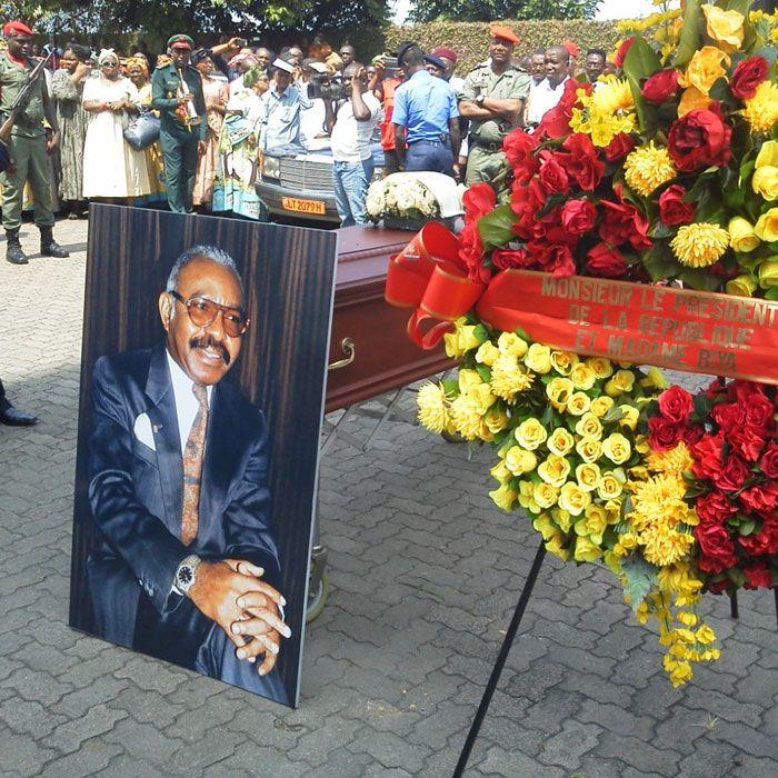 Cameroun,Obs?ques de William Eteki Mboumoua : l?ancien patron de Paul Biya for ever :: CAMEROON
