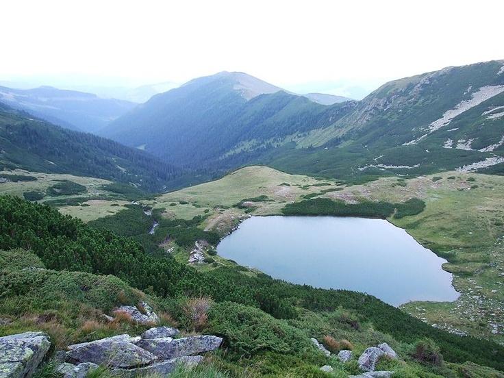 Lacul Lala Mare, Munţii Rodnei, România.