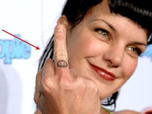 Ncis pauley perrette and one word on pinterest for Pauley perrette tattoos