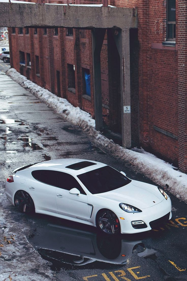 porsche panamera - Porsche Panamera White Red Interior