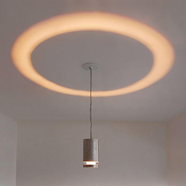天井へむかって、わっかのように照らす照明「Halo Lamp」1
