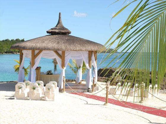 Amazing wedding gazebo with outside audience and red carpet at the Maritim, Mauritius