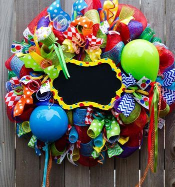 Check out this item in my Etsy shop https://www.etsy.com/listing/224196048/happy-birthday-wreaths-with-chalkboard #happybirthday #wreaths #birthdayparty