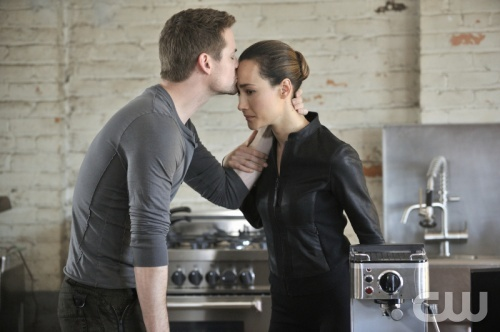 "Nikita ""Crossbow"" Pictured (l-r): Shane West as Michael, Maggie Q as Nikita Photo Credit: Ben Mark Holzberg /The CW ©2012 The CW Network, LLC. All Rights Reserved"