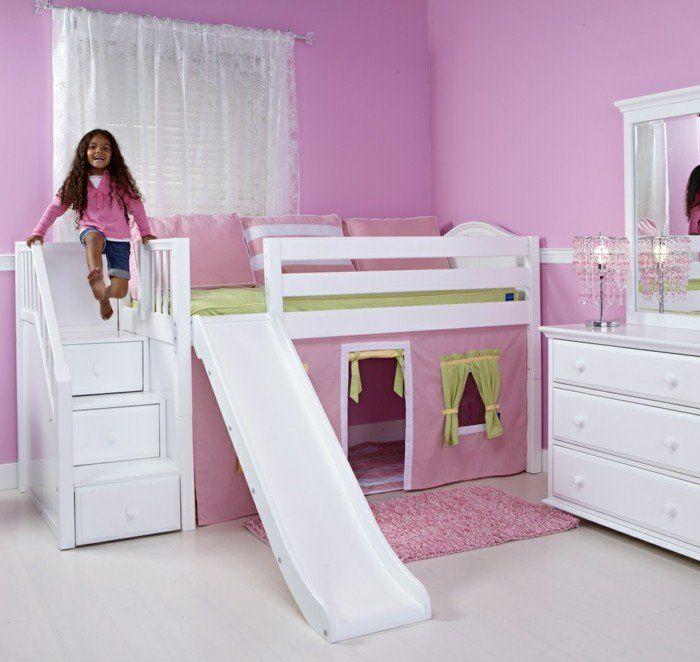 kinderhochbett mädchenzimmer bett rutsche rosa wandfarbe spiegel gardinen