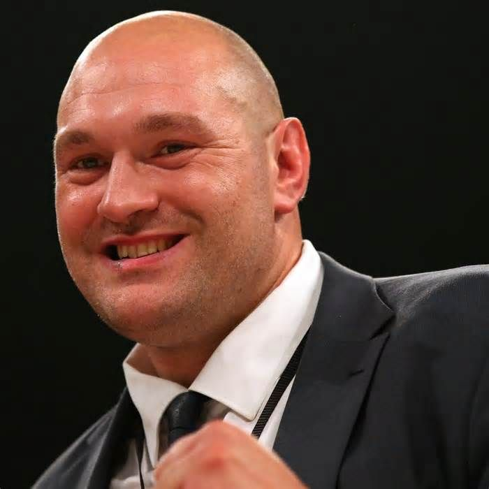 Tyson Fury Discusses Potential Anthony Joshua Fight in Twitter Video Tyson Fury has hinted that a fight with British heavyweight boxing king Anthony Joshua is nearing. As noted by Hamish Mackay of the Daily Mirror, Fury's license was revoked in October 2016 after admitting to cocaine use, though he has since been advised ...