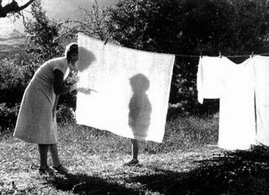 Tendiendo la ropa Cristina Garcia Rodero