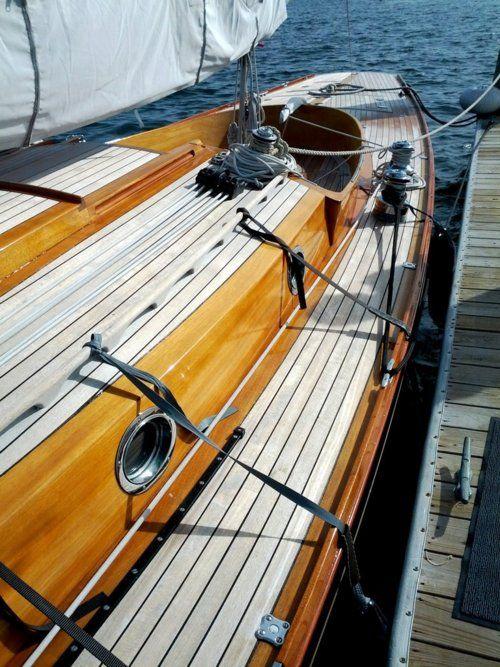 .: Nautical Sailboats, Decks, Wooden Boats, Boats Anchors, Sailing Sea, Sets Sailing, Sailing Away, Sailing Boats, The Sea