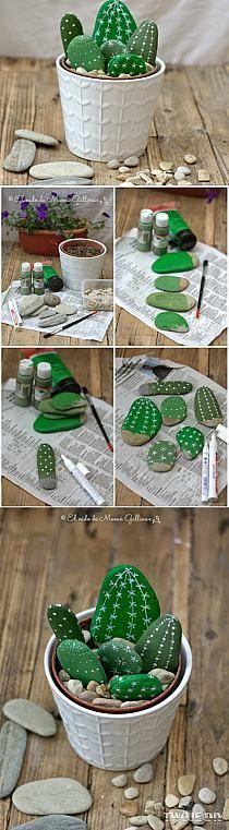 DIY :faux cactus avec des galets ... très mignon !                                                                                                                                                                                 Más