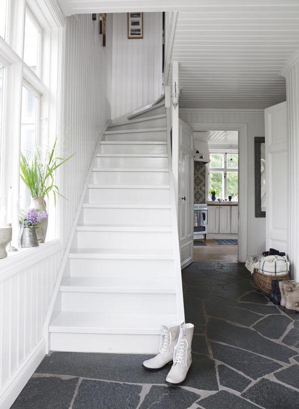 Skärgård inspiration - Idag visar jag ett skärgårdshus värt att kopiera Skärgårds stilen går i gammal stil med sekelskifte och gammaldags dekor