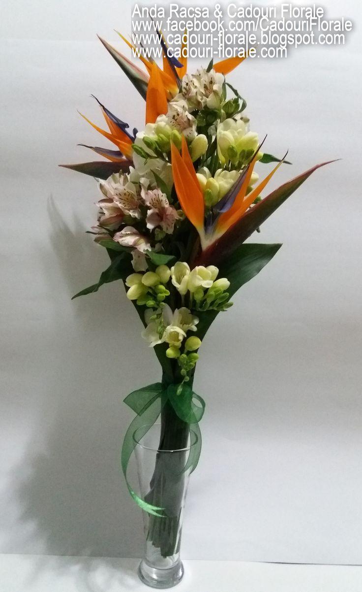 Buchet de flori, cu strelitzia si alstroemedia! www.cadouri-florale.com, cadouri.florale@gmail.com