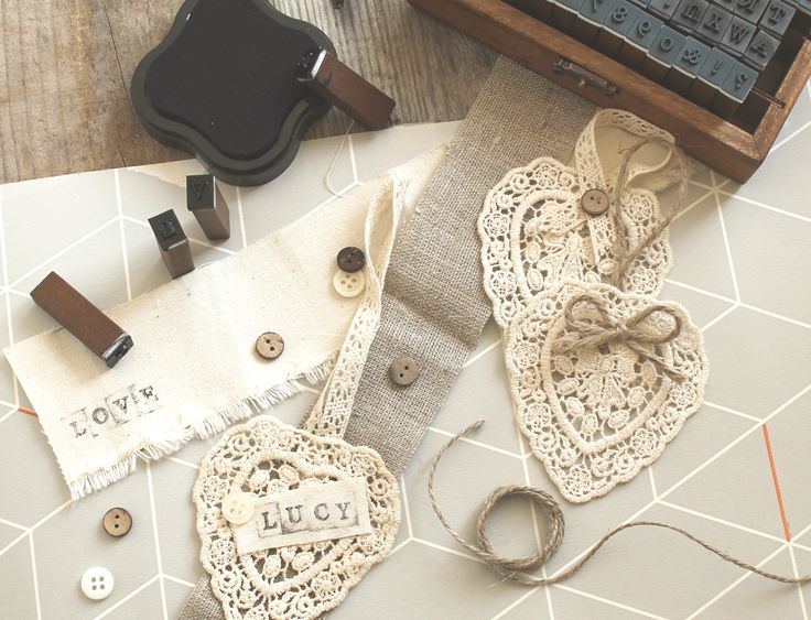 Make your own special wedding decorations with crochet hearts from Razzle Dazzle Rose.