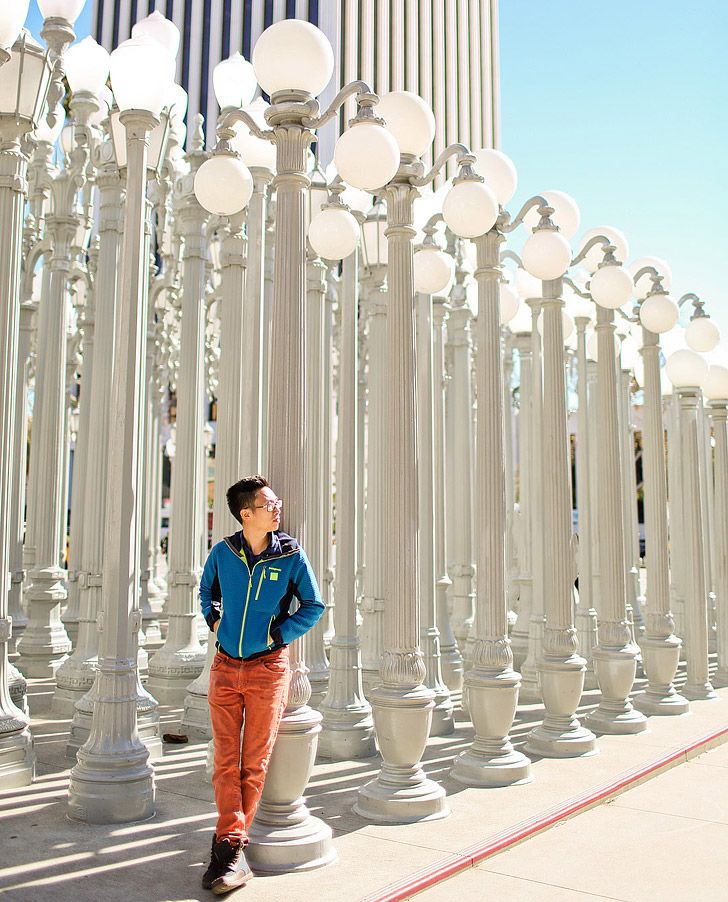 Urban Lights LACMA is a popular photo spot in LA   25 Free Things to Do in Los Angeles // localadventurer.com