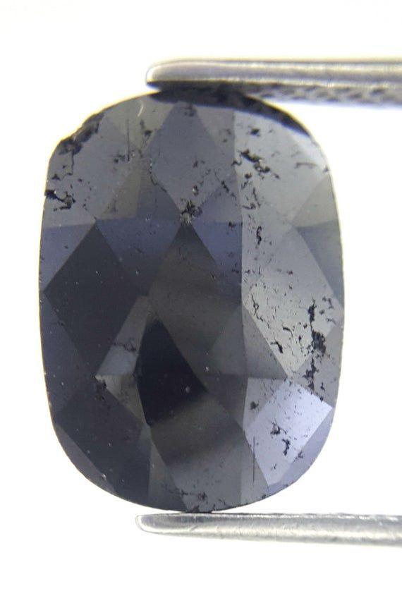 MM Black Oval Natural Diamond Oval Loose Diamond Black Diamond Rose cut Diamond L x B X H Oval Rose cut Diamond 1.77TCW 11.1 x 8.1 x 1.9