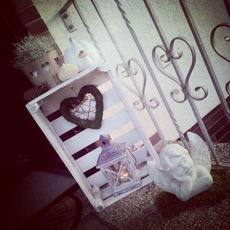 #Hauseingang #White #Love #Silberdraht #Pumpkin #Mushroom #Latern #Obstkiste  #Autumn #Fall #Herbst #Deko #Shabby #Rustic