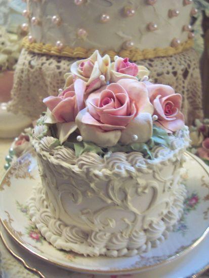 how to make a fake cake