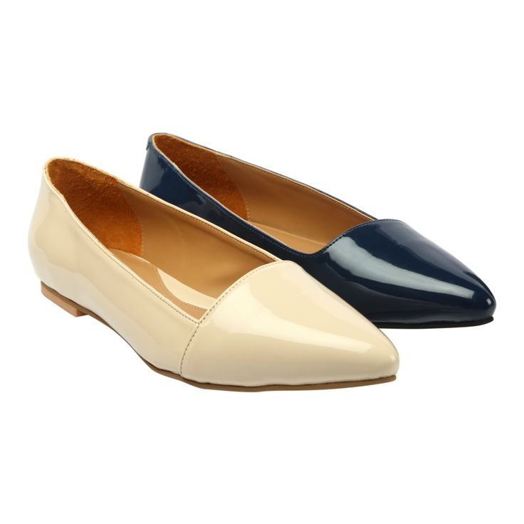 ➦Your first encounter with fine patented pointy cream & blue #flats with low top styling from GRAZIA. Shop Now : ✆ http://www.heelsandshoes.com #onlineshopping #comfort #flatsforwomen #fashion #flatlovers #flats